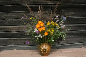 Pievos gėlių puokštė